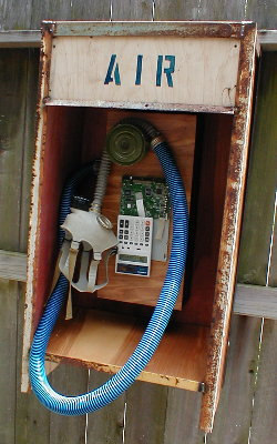 O2AirPhone.jpg (35196 bytes)